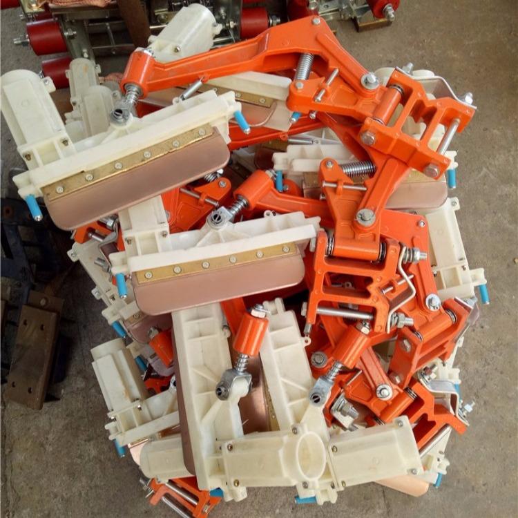 集电器碳刷 滑线碳刷 集电器滑刀200A500A滑线刀头