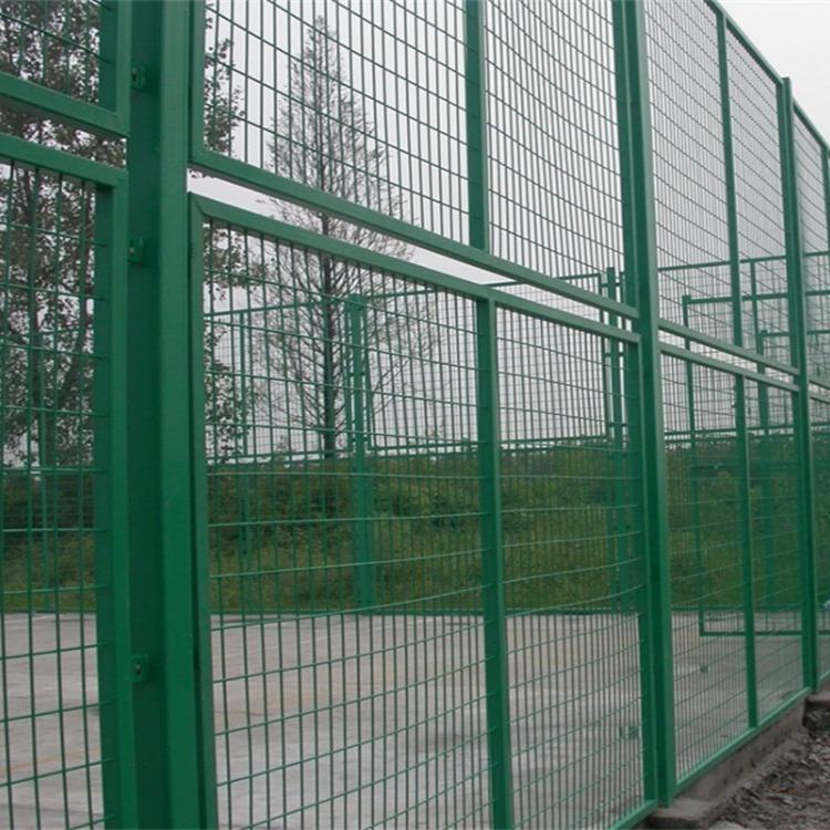 双边丝护栏网 低碳钢丝 浸塑 养鸡围栏 铁丝网栏杆 果园栅栏 隔离网 防护网 南昌世腾厂家直销