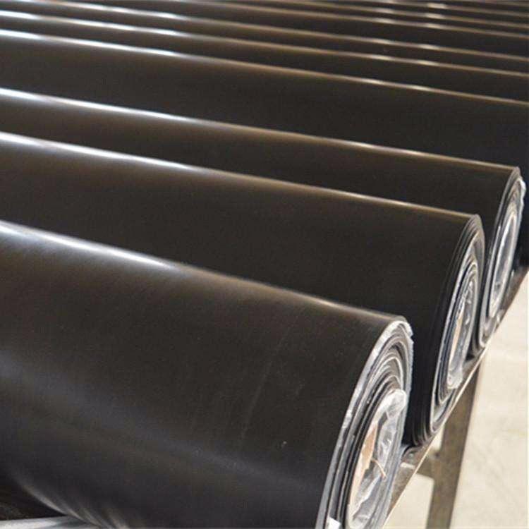 厂家直销     耐油防滑橡胶板     大量从优    质量保证