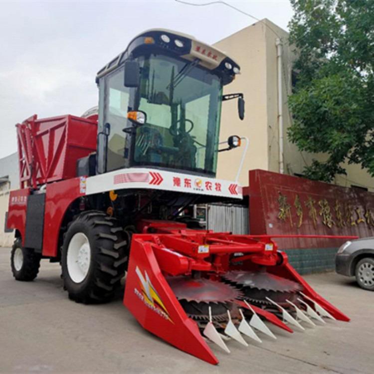 大型拖拉机式青储机 拖拉机带省力高效青储机 自带扒皮玉米收获机