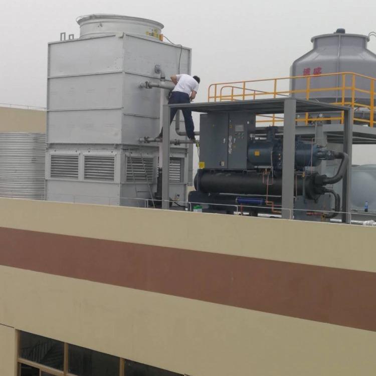 厂家直供武汉冷水机组,武昌螺杆式冷水机组,汉口螺杆式冷冻机组,江汉冷冻机