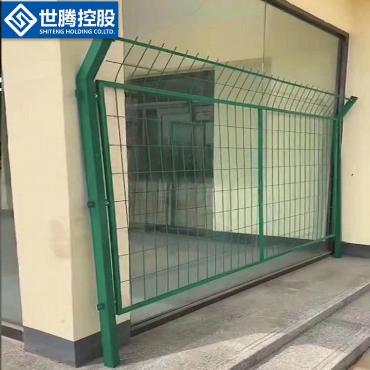 双边护栏网 高速公路护栏网 养殖圈地护栏网 厂家厂价订购