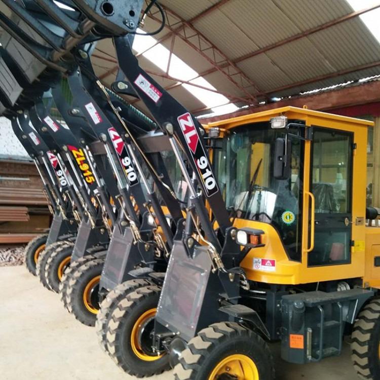 铲车 拖拉机改装 四轮铲车多少钱   多功能装载机,   厂家直销
