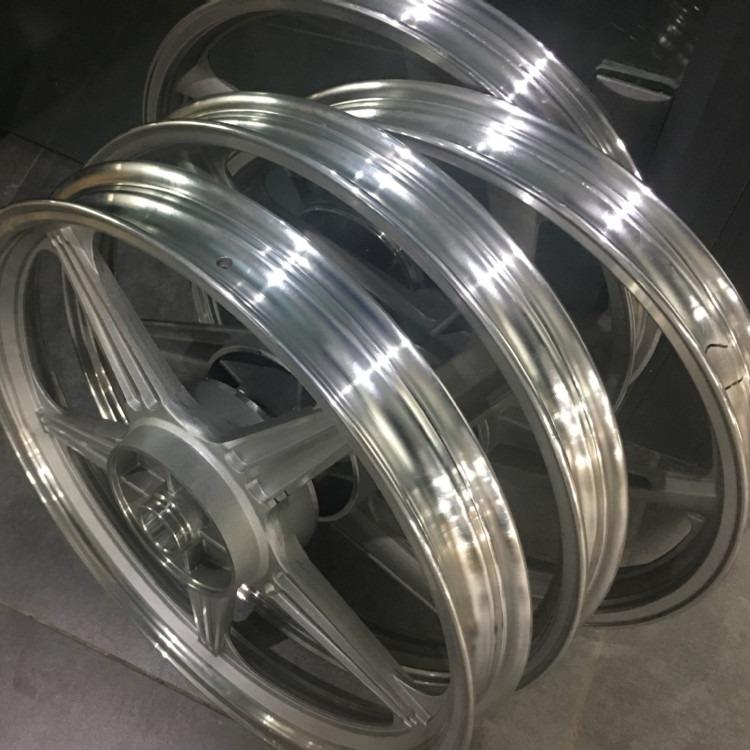 四川安星特AXT-9500型铸造缺陷修复机  汽车轮毂气孔沙眼修补冷焊机
