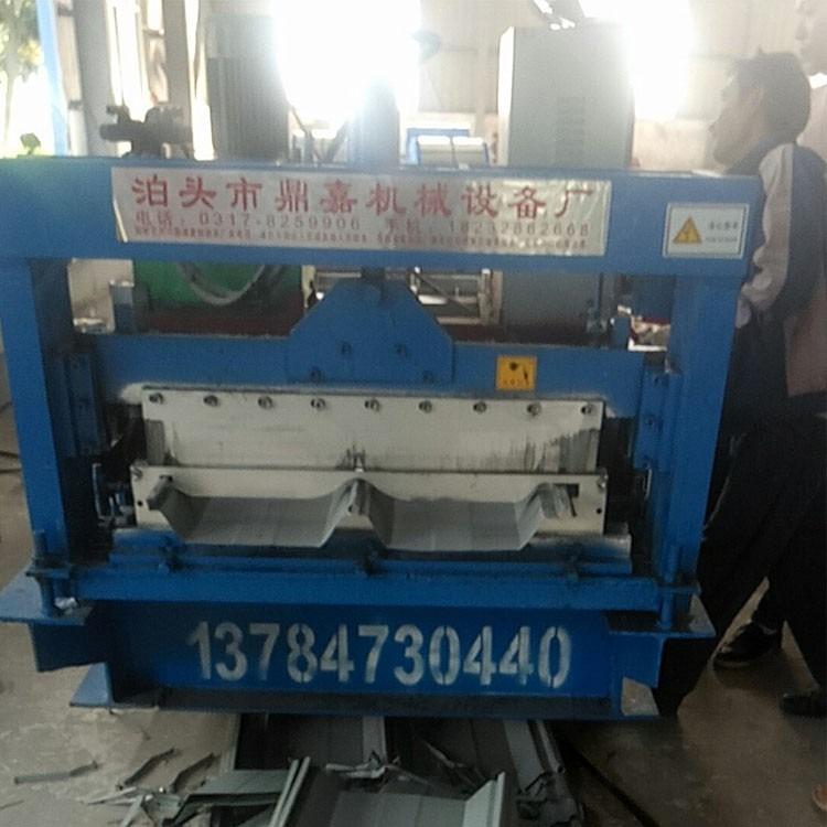 760角驰压瓦机_360度咬口820压瓦机_角驰压瓦机价格_鼎嘉压瓦机专业为生产