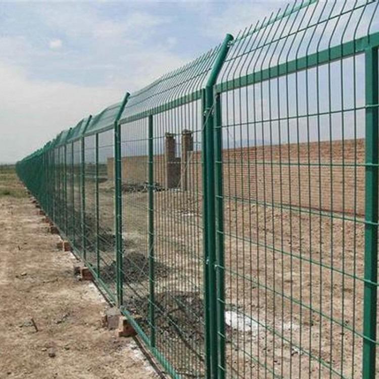 汕头高速公路防护网道路安全隔离网双边丝护栏网铁丝网隔离网围栏荷兰网钢丝防护网围墙