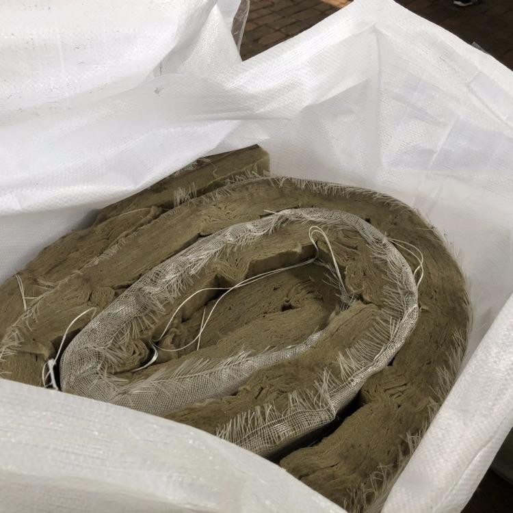 岩棉卷毡 防火岩棉卷毡 保温岩棉卷毡 铝箔岩棉卷毡 岩棉卷毡