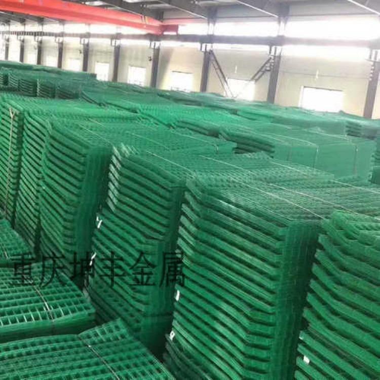 重庆坤丰 边框护栏网 铁丝围栏网 金属围栏网 公路护栏网1.8*3米定制