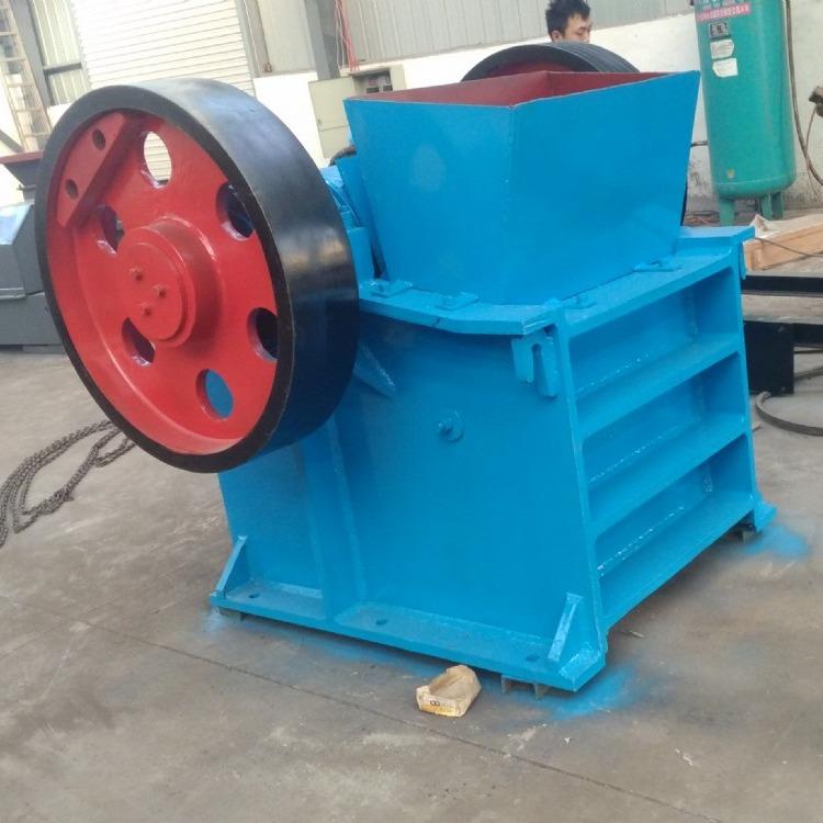 厂价提供颚式破碎机 石料场用粉碎机 PE系列颚式粉碎机