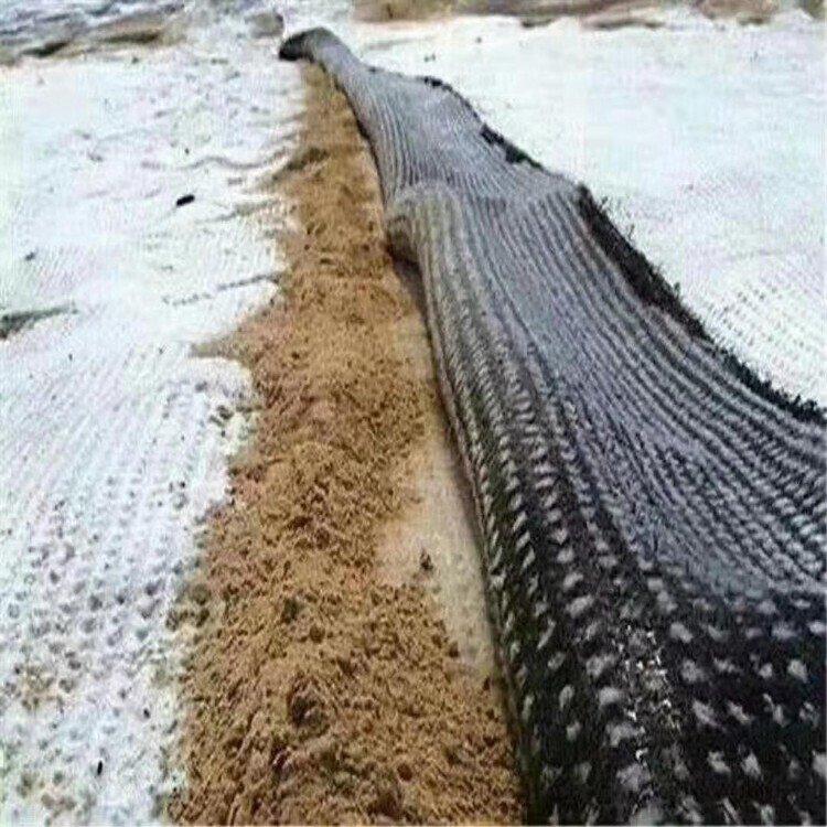 人工湖覆膜防水毯 供应垃圾填埋防水毯价格 防渗环保防水毯厂家 膨润土防水毯