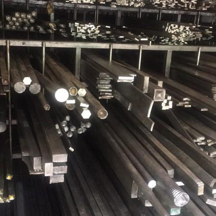 专业销售Q235扁钢 ,Q235冷拉光圆棒材价格, 冷拉钢厂家