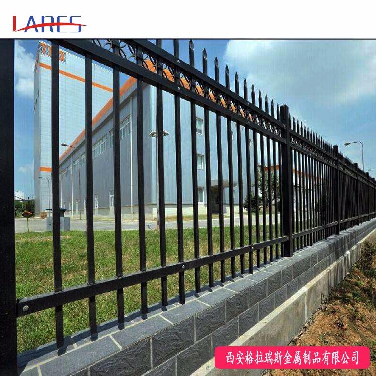 格拉瑞斯锌钢围墙护栏厂 直销小区围墙栏杆 单位庭院铁艺栅栏报价