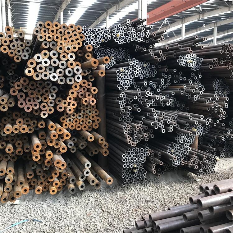 各大钢厂库存 厚壁小口径无缝钢管 16mn无缝钢管 12cr1movg合金管