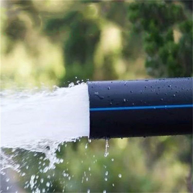 河北沧州批发定做pe给水管 dn110黑色pe实壁给水管 黑色PE管定制 聚乙烯骨架复合管