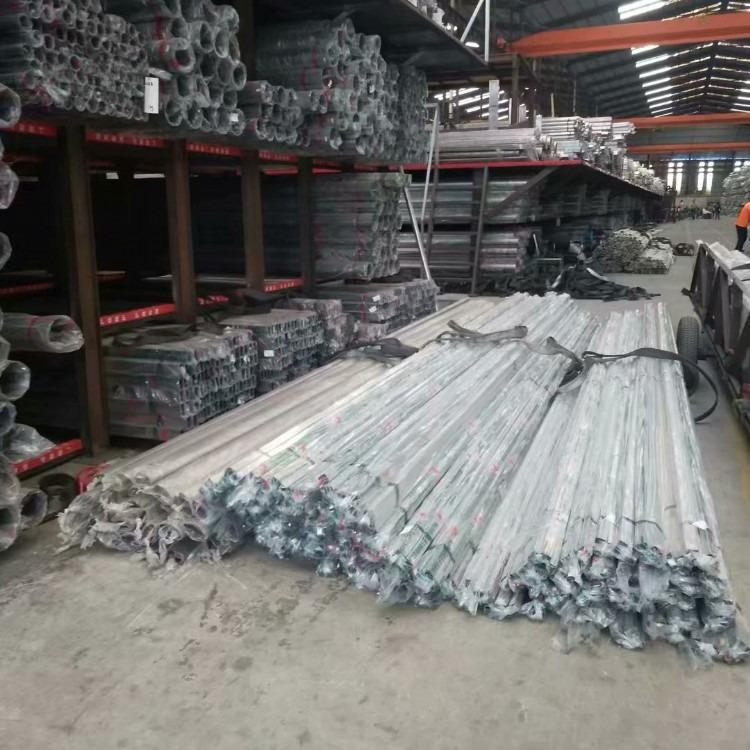 免焊接不锈钢排水管,高楼层免焊接不锈钢漏斗、佛山辰合不锈钢制品厂
