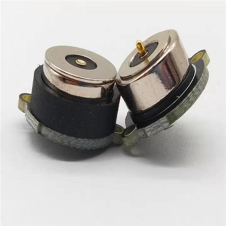 小面积磁吸充电线,接触面积小安装位置方便安全磁吸对接稳定方便