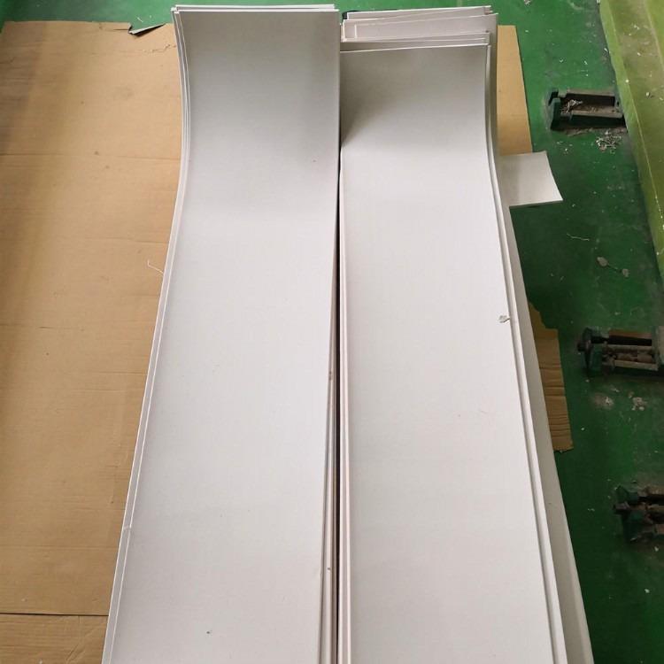 厂家直销聚四氟乙烯楼梯条 聚四氟乙烯楼梯板 建筑楼梯聚乙烯四氟板 5mm四氟楼梯板支架