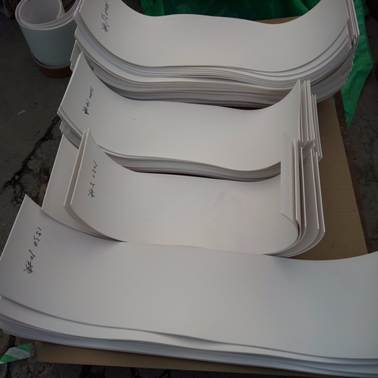 5mm楼梯踏步四氟板 抗震减震四氟楼梯板支座 工程楼梯专用四氟板 聚四氟乙烯板条板块