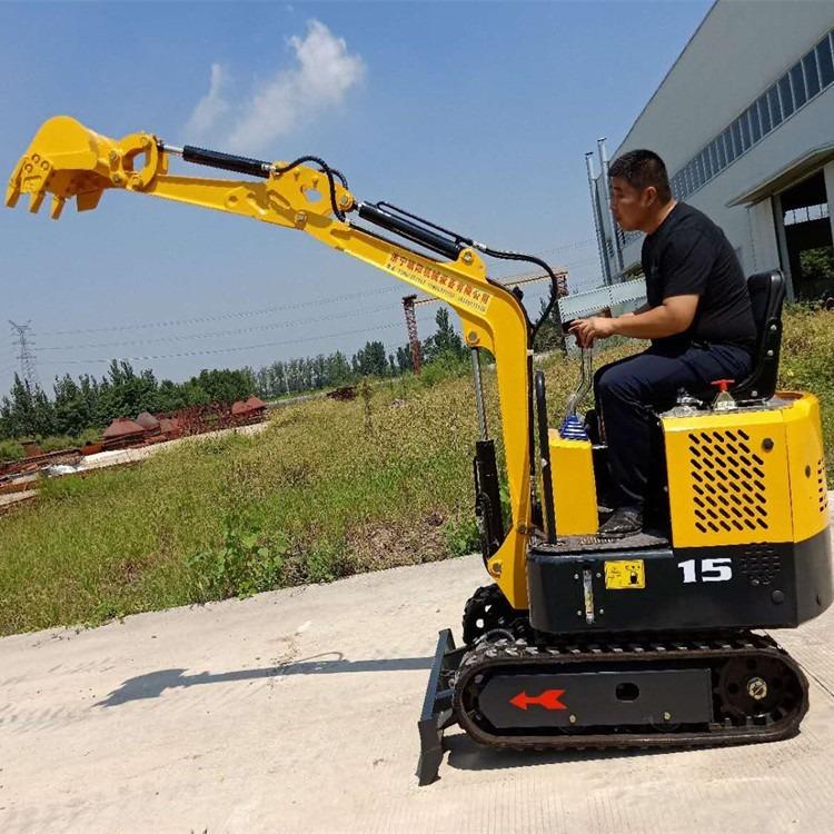 厂家供应1.5吨挖掘机 履带式挖掘机 小型液压挖土机