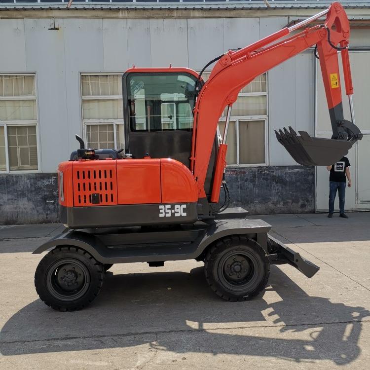 匠工小型轮式挖掘机 35型轮式挖掘机夹木机