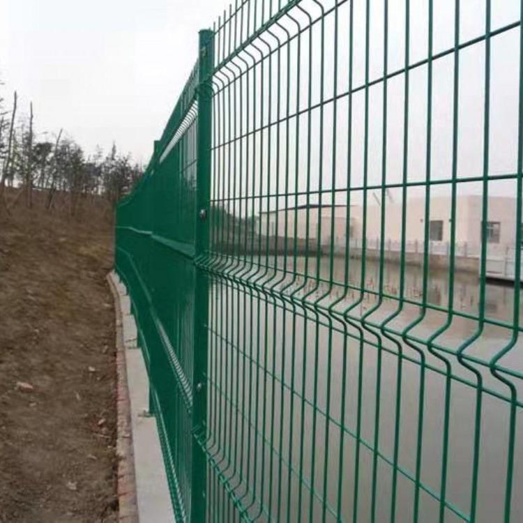 厂家供应 镀锌网 焊接网  双边丝网  框架护栏网 边框护栏网