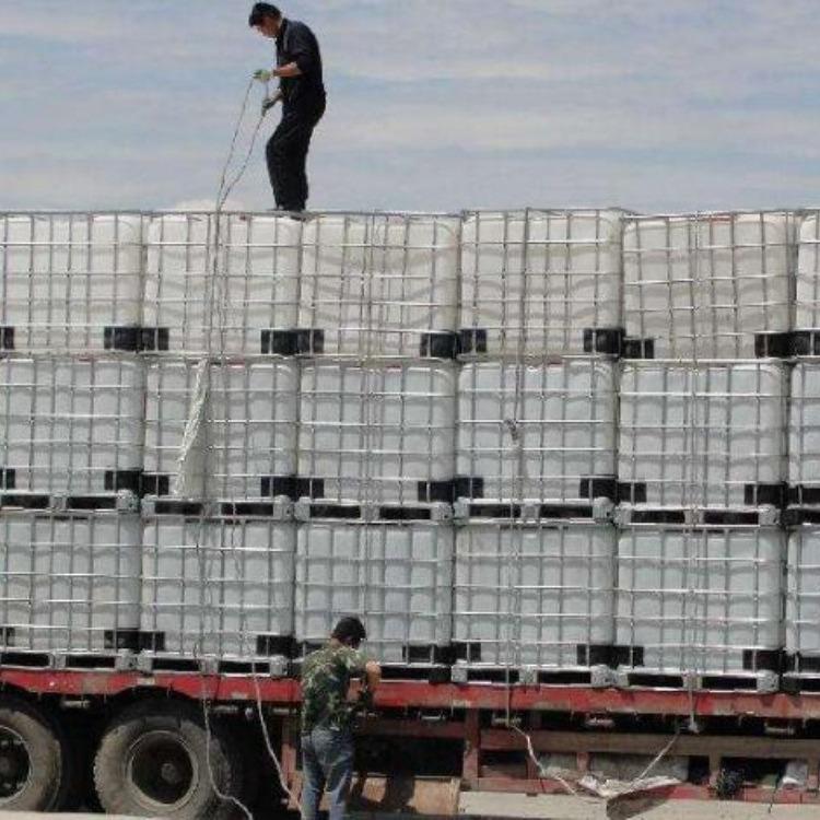 大量出售二手塑料吨桶 1000升塑料桶 IBC吨桶
