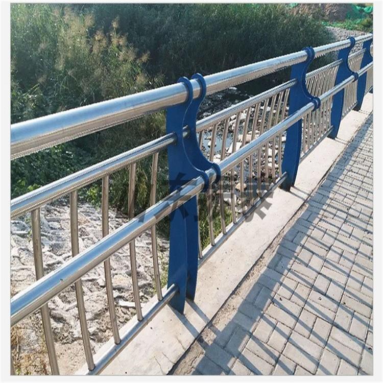 不锈钢桥梁护栏厂家直销 桥梁灯光护栏专业定制