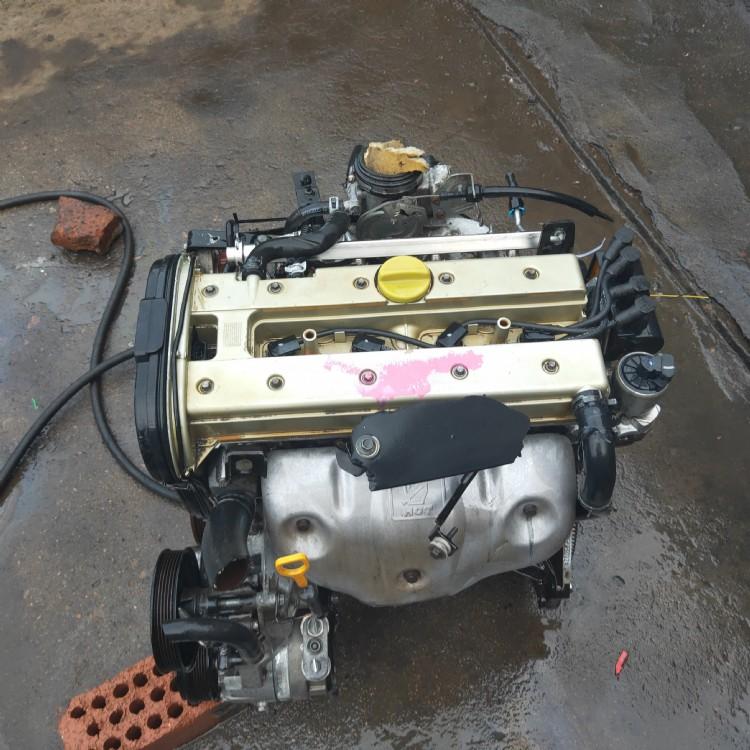 比亚迪F3哈飞赛马 赛豹 中华骏捷4G15 拆车汽车发动机总成及配件厂家优惠