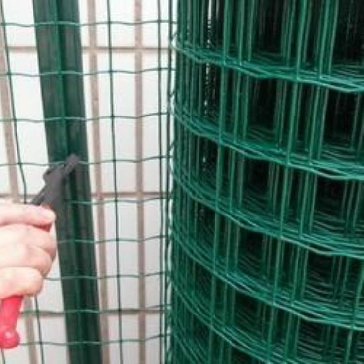 西安铁丝网护栏西安果园铁丝网围栏西安养殖围栏西安养牛养羊养兔养鸡围栏护栏 西安绿铁丝网厂家