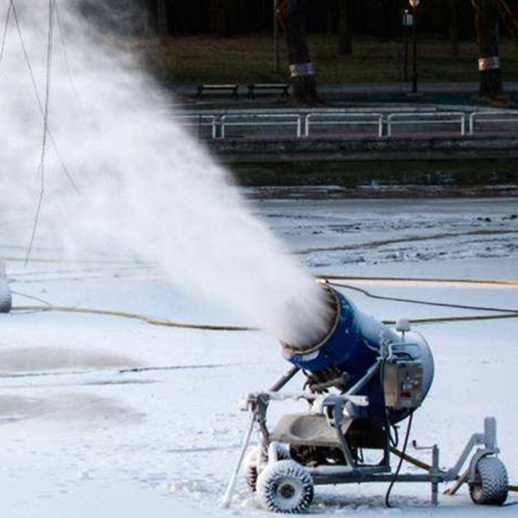 国产造雪机大型造雪机价格滑雪场造雪机使用冰雪乐园规划