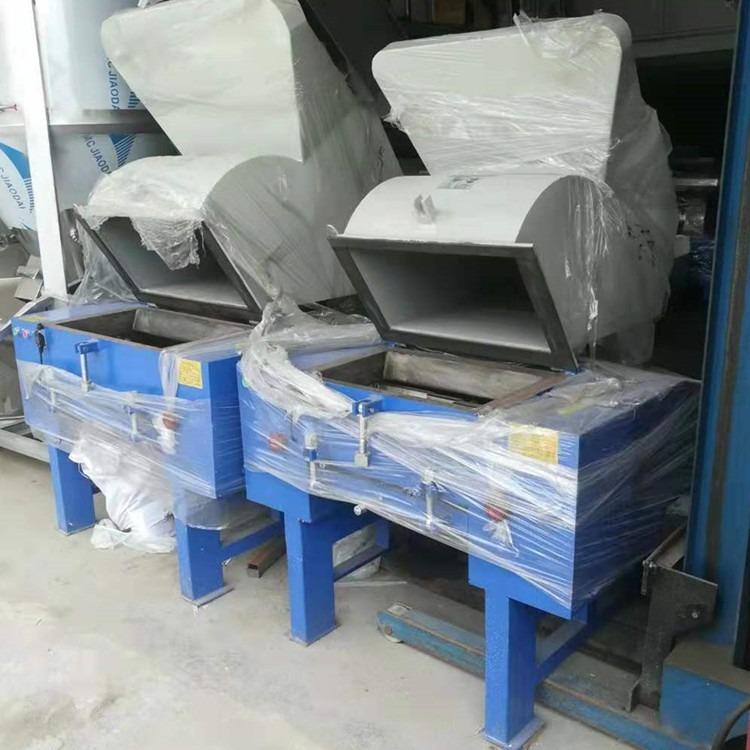 厂家直销广东地区强力塑料粉碎机  20匹 15KW快速塑料粉碎机送货