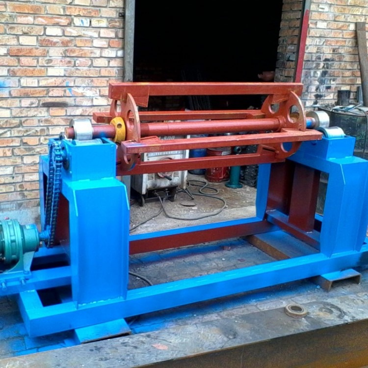 重兴直销 载重吨位可定做彩钢支撑架子 电动架子电动上料架 彩卷放料架