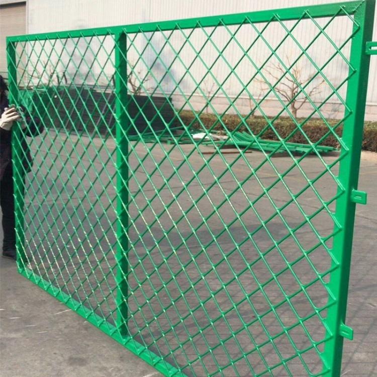 绿色围栏网 双边丝防护网 圈地围栏 价格优惠
