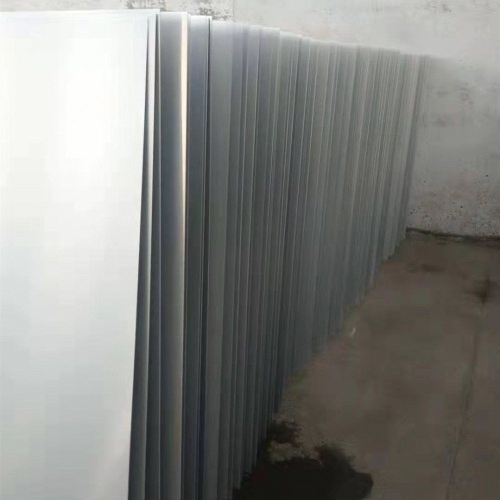 厂家供应冲孔铝板  本色氧化铝版   瓦楞铝板  拉丝铝板  价格美丽 欢迎订购