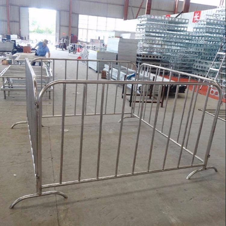 铁马护栏   铁马护栏尺寸 规格尺寸齐全 耐腐蚀 耐磨损 不易生锈