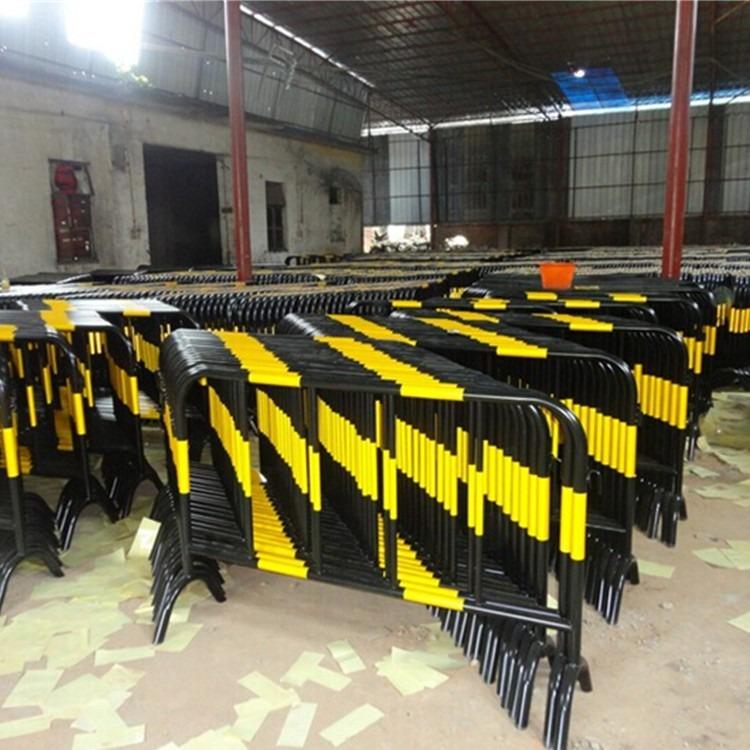 道路施工铁马黄黑标志1*1.5米铁马隔离护栏东莞博昌厂家