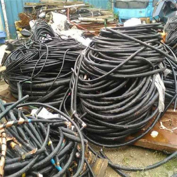 东莞樟木头工厂报废电缆回收 / 回收废旧电缆 / 欢迎来电